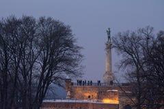 Statue de Victor sur la forteresse de Kalemegdan au coucher du soleil en hiver - Belgrade - Serbie Photos libres de droits