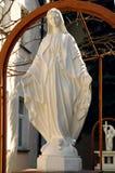 Statue de Vierge Marie comme symbole de l'amour et de la gentillesse Images stock