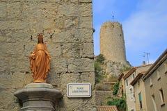 Statue de Vierge Marie dans Gruissan photo libre de droits