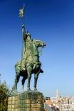 Statue de Vimara Peres et vue de Porto, Portugal Photographie stock libre de droits