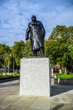 Statue de Winston Churchill dans le Parliament Square, Westminster, Londres, R-U photo libre de droits