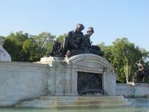 Statue del Buckingham Palace, Londra fotografia stock libera da diritti