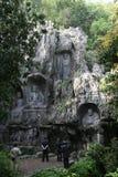 Statue della scogliera del klippe di Lingyin Temple Fotografia Stock