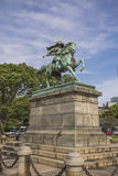 Statue der großen Samurais Kusunoki Masashige im Ost-Garde Lizenzfreie Stockfotos