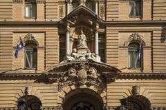 Statue der Königin Victoria am Rathaus von Sydney Australien stockfotos