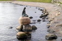 Statue der kleinen Nixe stockfotografie
