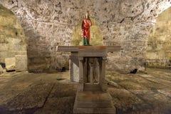 Statue in der Krypta, Spalte, Kroatien Lizenzfreies Stockfoto