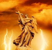 Statue des Engels Lizenzfreie Stockfotos
