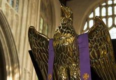 Statue des goldenen Adlers Stockfotos