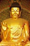 Statue des Goldes Buddha Lizenzfreies Stockfoto