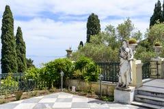 Statue des Gottes Apollo in Achilleions-Palast in Gastouri, Korfu-Insel in Griechenland Lizenzfreie Stockbilder