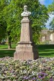 Statue des Künstlers Maxime Lalanne in Jardin-botanique Stockfotografie