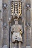 Statue des portes grandes ci-dessus du Roi Henry VIII de l'université de trinité Image stock