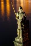 Statue des Ritters Bruncvik auf Charles-Brücke Stockfotografie
