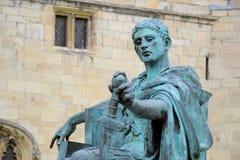 Statue des römischen Kaisers Constantine, York, England Stockbilder
