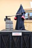 Statue des Scharfrichters stehend am Gestell in Peter und in Paul Fortress Lizenzfreie Stockfotografie