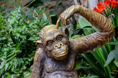 Statue des Schimpansen Lizenzfreies Stockbild
