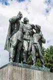 Statue des soldats russes et du garçon, Slavin - monume commémoratif images stock