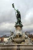 Statue devant le Würzburg Residenz Images libres de droits