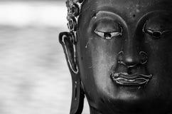 Statue di Buddha del fronte Fotografia Stock