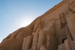 Statue di Ramses II a Abu Simbel fotografie stock
