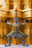 Statue di Royal Palace in Bankok Immagine Stock