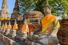 Statue di seduta del Buddha Meditare Buddha in rovine antiche in Ay Fotografia Stock Libera da Diritti