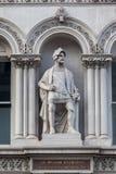 Statue Downtown伦敦英国阁下 免版税图库摄影