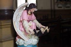 Statue du christianisme dans la vieille église Image libre de droits