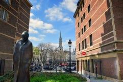 Statue du compositeur et du pianiste hongrois Bela Bartok à la place espagnole de l'Espagne de ` de l'endroit d près de Grand Pla Image libre de droits