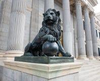 Statue du ` s de lion photographie stock libre de droits