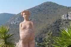 Statue einer Frau in exotischem Garten Eze, Frankreich Stockfotografie