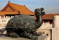 Statue einer Schildkröte Lizenzfreies Stockfoto