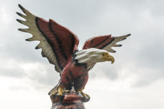 Statue eines Adlers Stockfoto