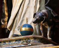 Statue eines Hundes in Salamanca Stockbild