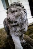 Statue eines Löwes im Vereinigten Königreich Stockbilder