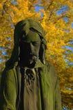 Statue eines traurigen Mannes stockfoto