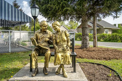 Statue of elderly couple Royalty Free Stock Photo