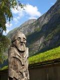 Statue en bois de Vikig Image stock