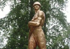 Statue en bronze avec le bronze de soldat images libres de droits