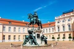 Statue en bronze de Friedrich 1 dans le palais de Charlottenburg photos libres de droits