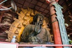 Statue en bronze de grand Bouddha, Daibutsu de temple de Todai-JI Photographie stock libre de droits