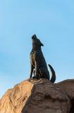 Statue en bronze de loup image libre de droits