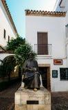 Statue en bronze de Maimonides, de 1135 - 1204, rabbin juif, médecin et philosophe en Al Andalus Quart juif dedans photos stock
