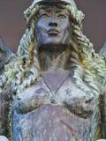 Statue en bronze, femelle à ailes image libre de droits