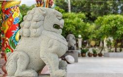 Statue en pierre de lion Image libre de droits
