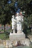 Statue en villa Comunale - 2 amants ? Photographie stock libre de droits