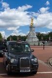 Statue England-Autoamerikanischen nationalstandards lizenzfreies stockbild