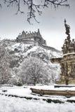 Statue et château d'Edimbourg Images stock