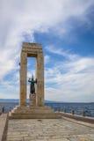 Statue et monument de déesse d'Athéna à Vittorio Emanuele au dello d'arène Stretto - Reggio de Calabre, Italie Image stock